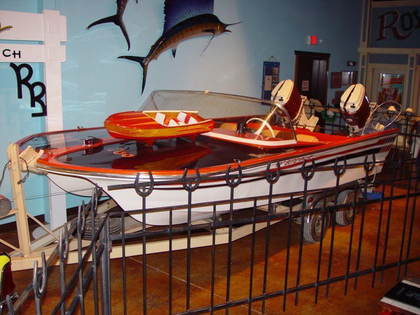 Power Cat Boat